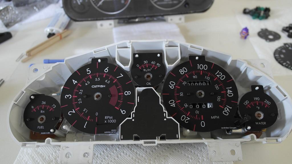 Revlimiter.net custom gauges